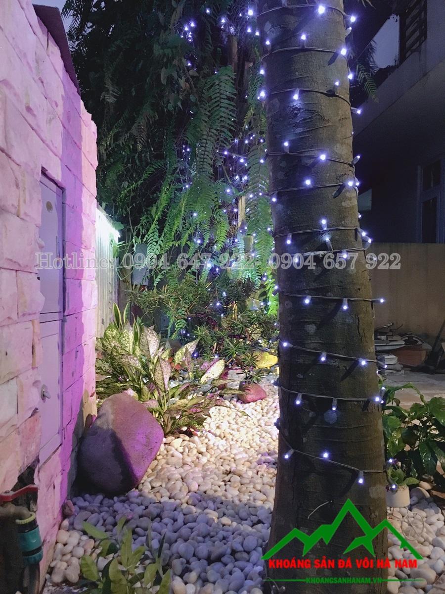 sử dụng sỏi trang trí sân vườn