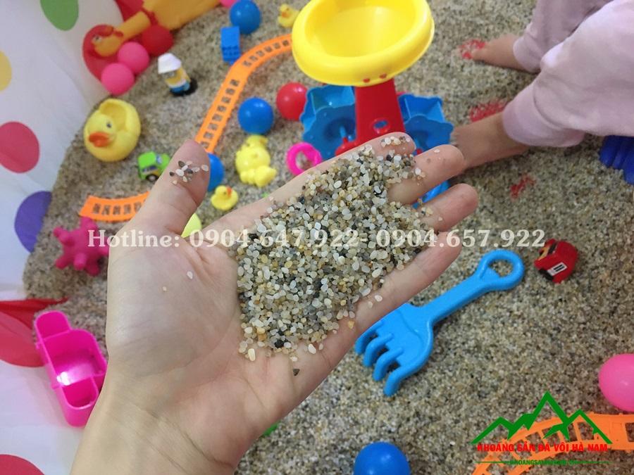 đồ chơi bằng đá sỏi biển