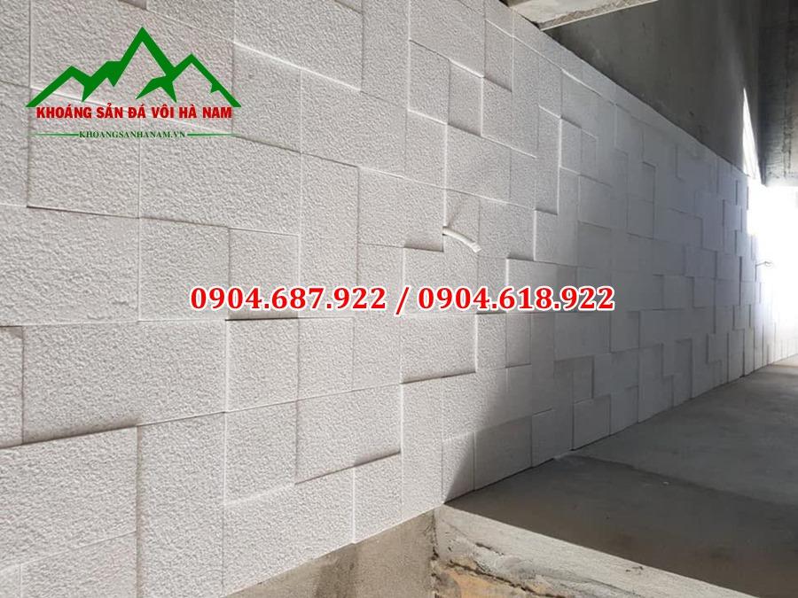 đá băm giả cổ trắng vuông cạnh ốp tường